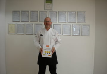 WRS160010 Wythall Business In Food Award First