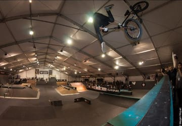 B17048 Skate And BMX Event Rolls Into Town